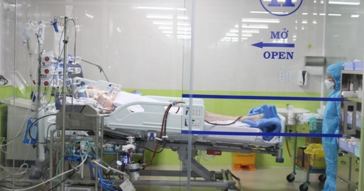 Bệnh nhân phi công Anh có tín hiệu tỉnh, cử động được các ngón tay
