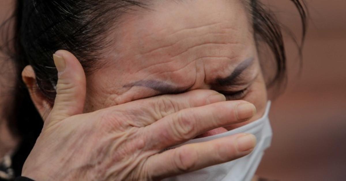 Bệnh nhân Covid-19: Các y, bác sĩ bón từng thìa sữa khi tôi thở máy