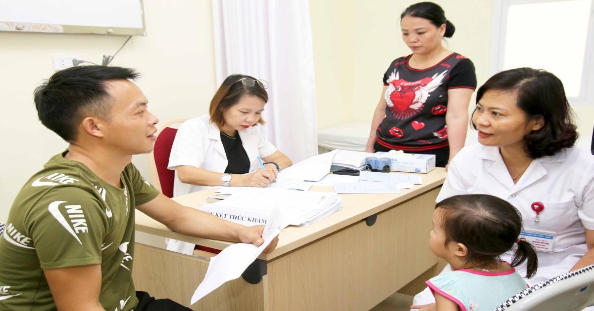 Khám miễn phí cho trẻ để phát hiện sớm các bệnh thường gặp