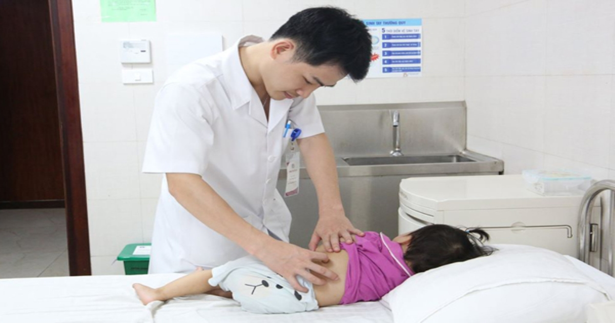 Bé gái hơn 1 tuổi ở Phú Thọ có 3 quả thận
