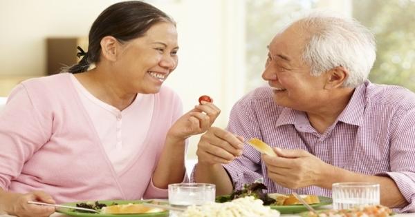 Bệnh lý răng miệng ở người cao tuổi