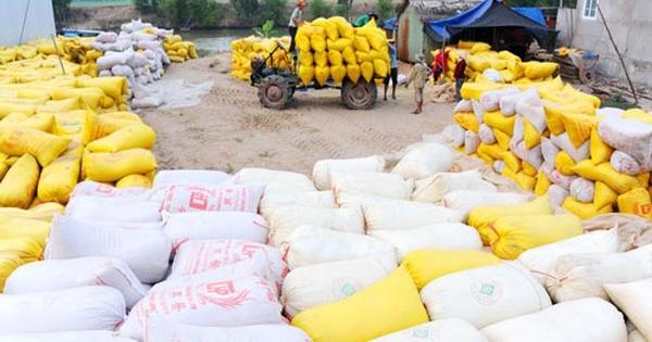 """Tổng Cục Hải quan """"chê"""" Bộ Công Thương không tiếp thu ý kiến về xuất khẩu gạo"""