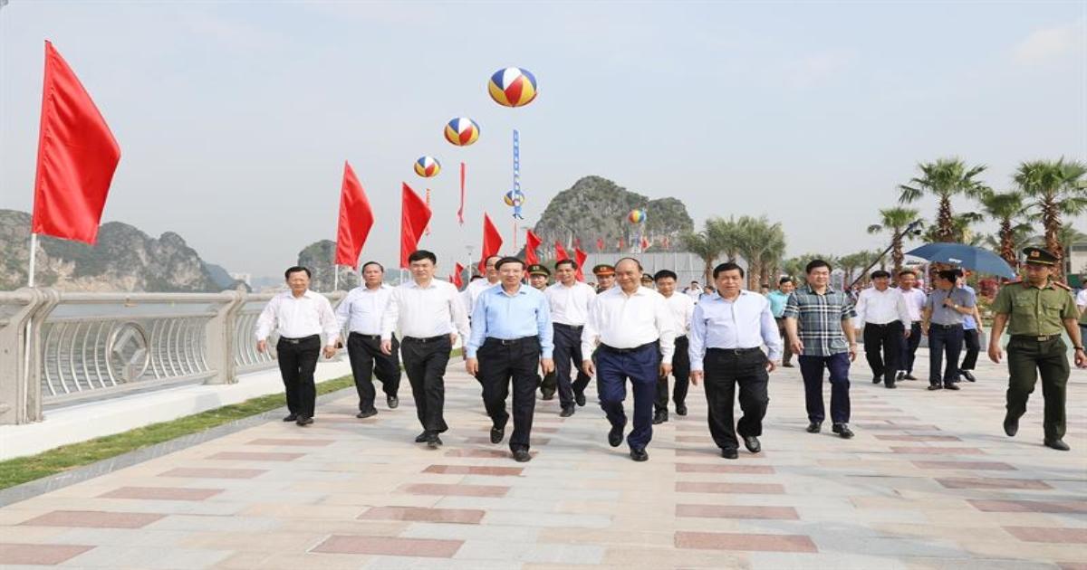 Thủ tướng: Quảng Ninh là hình mẫu về chuyển đổi mô hình tăng trưởng thành công