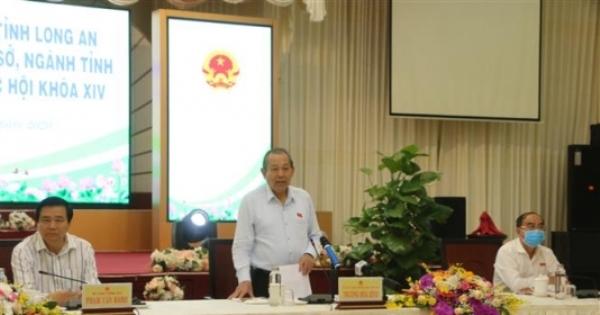 Đoàn Đại biểu Quốc hội tỉnh Long An tiếp thu ý kiến cử tri trước kỳ họp thứ 9