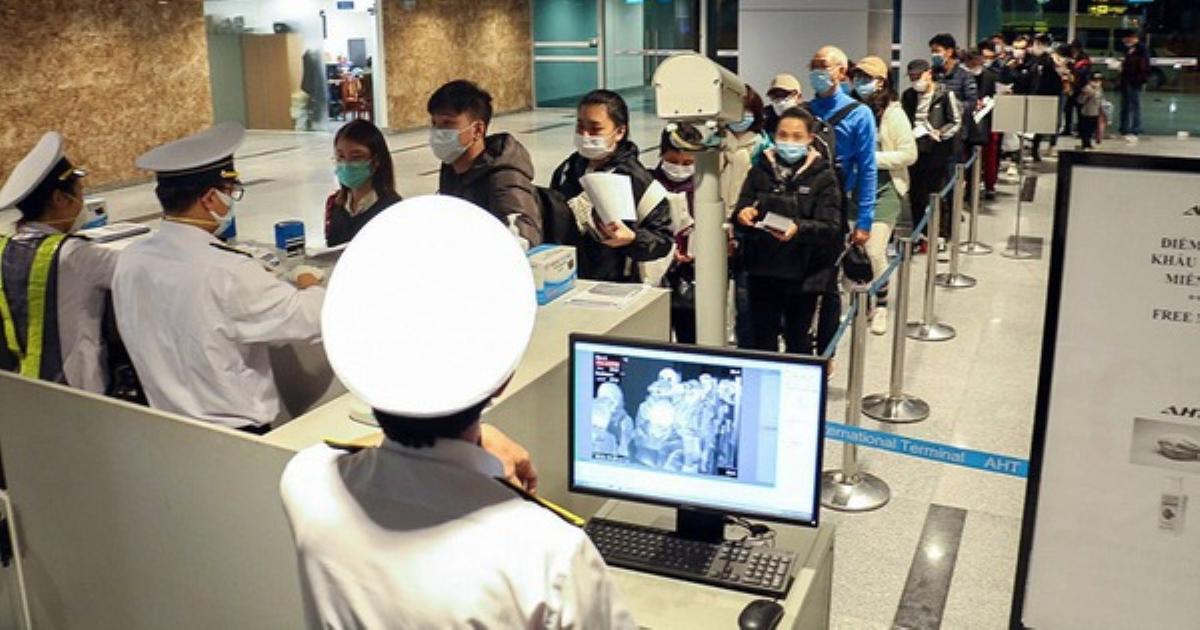 Tin nóng: Một người nghi nhiễm Covid-19 đi từ Trung Quốc vào Việt Nam