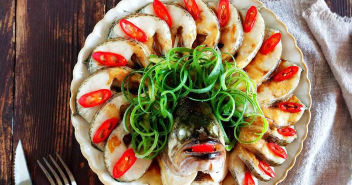 Bữa tối không dầu mỡ với món cá hấp thơm lừng ngon mê mẩn