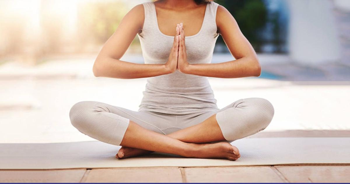 Những bài tập yoga tốt cho người bị đau khớp háng
