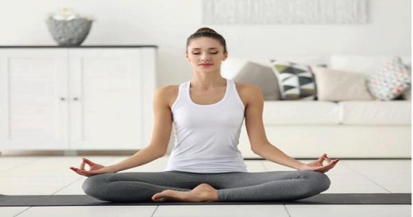 Yoga nhẹ nhàng có thể giúp giảm đau nửa đầu