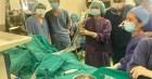Bé 10 tháng tuổi bị sỏi thận phải điều trị bằng laser, bác sĩ chỉ ra nguyên nhân hay gặp gây sỏi tiết niệu ở trẻ nhỏ