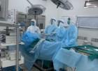 Mổ cấp cứu viêm ruột thừa cho thiếu niên 16 tuổi nghi mắc COVID-19