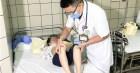 Cẩn thận với bệnh truyền nhiễm ở trẻ vào mùa hè