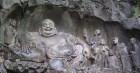 Xuân Di Lặc, nghĩ về vị Phật tương lai, đến hình ảnh Bố Đại Hòa thượng bụng to mang đãy vải