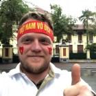 """""""Ông tây dọn rác"""" với COVID-19: Hãy làm điều gì đó để bày tỏ sự biết ơn đến Việt Nam"""