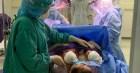 Quảng Ninh: Cặp song sinh chào đời trong phòng cách ly Covid-19 được kiểm soát nhiễm khuẩn chặt chẽ