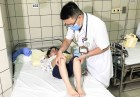 Nắng nóng thất thường, trung bình 200 trẻ vào viện khám bệnh trong 1 ngày