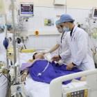"""Bệnh nhân ho ra máu """"sét đánh"""" hiếm gặp được cứu thành công"""