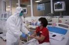 Tin vui: 3 bệnh nhân nặng tiến triển tốt lên, 60 ca đã âm tính 1 lần với COVID-19