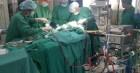 Phi công người Anh mắc loại vi khuẩn khó điều trị, lọc máu trở lại