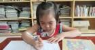 Người mẹ cầu xin mọi người cứu con gái nhỏ ung thư máu mơ làm bác sĩ