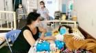 Lá lành đùm lá rách: Nữ sinh mắc bệnh nặng, không tiền cứu chữa