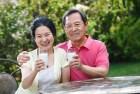 Tổng hợp các loại sữa dành cho người bệnh loãng xương