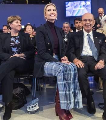 Phong thái và gu thời trang đẳng cấp của Ivanka Trump - 16