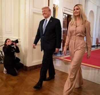 Phong thái và gu thời trang đẳng cấp của Ivanka Trump - 4