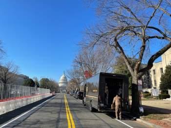 Việt kiều tường thuật bên ngoài Nhà Quốc hội Mỹ: Sau 'Ngày đen tối' chuyện gì đã xảy ra? - ảnh 5