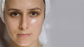 Bí quyết giúp bạn chọn mỹ phẩm cho da nhờn mụn
