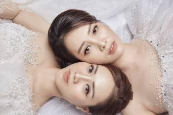 Á hậu Thuỵ Vân và bạn gái NSND Công Lý hóa cô dâu đẹp lộng lẫy Ảnh 13