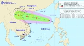 Diễn biến mới của áp thấp nhiệt đới sắp mạnh thành bão trên Biển Đông - 1