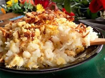 Nấu xôi ăn sáng vừa ấm bụng lại tiết kiệm trong ngày mưa