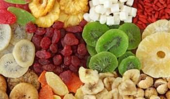 Sử dụng trái cây sấy khô đúng cách