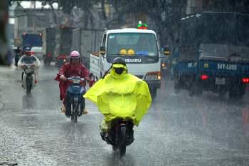 Vì sao TP.HCM mưa to sáng nay? - ảnh 1