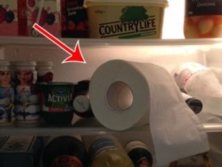 Điều gì xảy ra nếu bạn đặt giấy vệ sinh vào tủ lạnh? - Ảnh 1