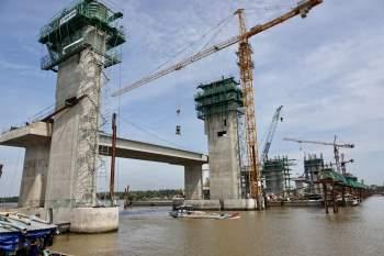 Cận cảnh 'siêu' công trình cống thủy lợi lớn nhất Việt Nam 3.300 tỉ đồng - ảnh 3
