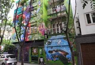 Chùm tác phẩm nghệ thuật Graffiti độc đáo với chủ đề Chung tay đánh bay COVID-19 - Ảnh 1.