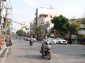 Hết Tết, qua mùng đường vẫn thênh thang: Người Sài Gòn chạy xe mấy ngày này rất khỏe! - ảnh 2