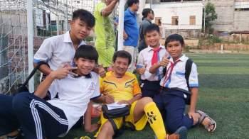 Ông Đoàn Ngọc Hải nhận hơn 370 triệu đồng cho quỹ 'Vì đồng bào' tại Phú Quốc - ảnh 4