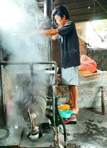 Các làng nghề ở Bình Định tất bật vào vụ Tết10
