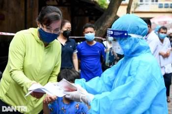 Hà Nội khẩn cấp lấy mẫu xét nghiệm Covid-19 cho 6.000 dân từng đến Đà Nẵng - 6