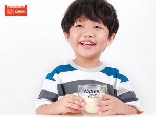 Lợi ích 'vàng' của sữa non Tasuamum Hi-IQ Grow