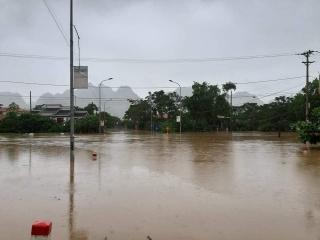 Nhiều ngôi nhà người dân ở xã Đại Hưng bị ngập nước.