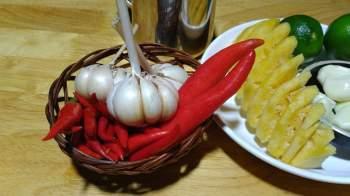 Mẹo pha nước chấm chua ngọt tuyệt ngon, cân mọi món ăn - Ảnh 1