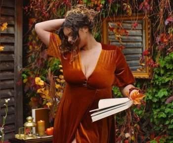 Từng chán ghét cơ thể mình, nàng mẫu ngoại cỡ chia sẻ về thời kỳ o ép bản thân chỉ ăn 1 quả cam mỗi ngày - Ảnh 3