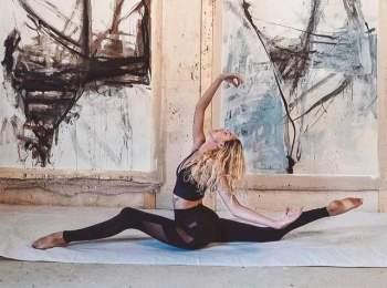 Bên cạnh điều hành trang blog và làm huấn luyện viên, Turner còn phát huy những tài năng khác nhau trong lĩnh vực sáng tạo. Cô thể hiện năng lực thiết kế thời trang khi hợp tác ra mắt bộ sưu tập có tên Alo x Gypset Goddess vào năm 2016.