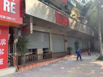 Hàng quán Hà Nội đóng cửa, nhân viên mất việc, không có thu nhập ngay sau Tết Nguyên đán12
