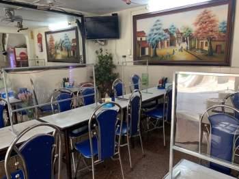 Hàng quán Hà Nội đóng cửa, nhân viên mất việc, không có thu nhập ngay sau Tết Nguyên đán5