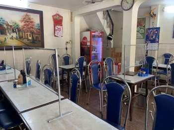 Hàng quán Hà Nội đóng cửa, nhân viên mất việc, không có thu nhập ngay sau Tết Nguyên đán6