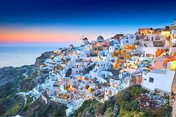 Một số quốc gia trên thế giới như Hy Lạp, Đan Mạch, Italy, Pháp, Bồ Đào Nha… có phần lãnh thổ chính và lãnh thổ hải ngoại (chủ yếu là các hòn đảo xa xôi, ở châu lục khác).